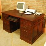 Meja Kantor Dinas Model Minimalis Jati