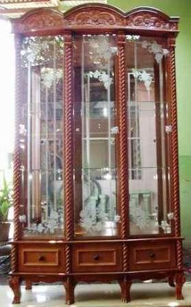 Lemari Pajangan Borneo | Nirwana Furniture
