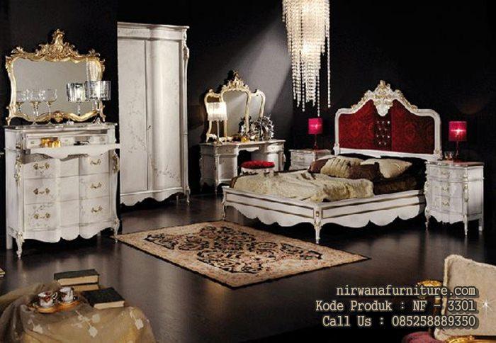 tempat tidur mewah model italian