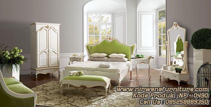 Classic Style Tempat Tidur Terbaru Kamar Utama